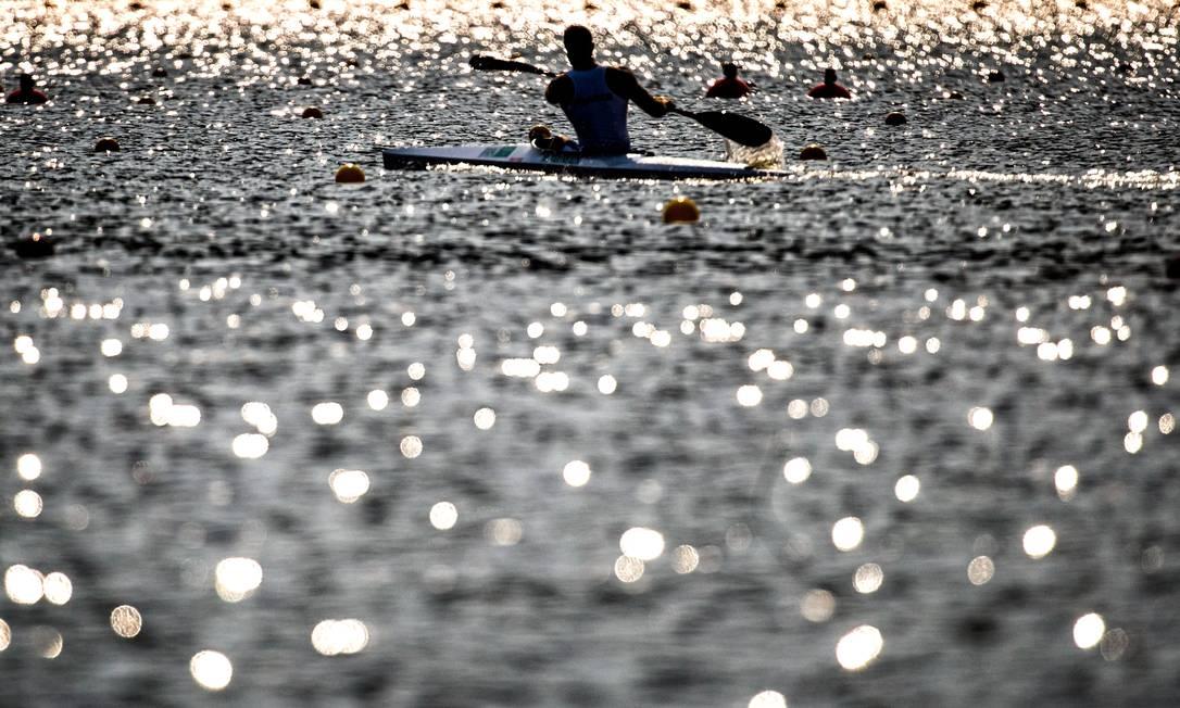 Canoagem na Lagoa Rodrigo de Freitas ©Marcio Rodrigues/MPIX/CPB / Agência O Globo