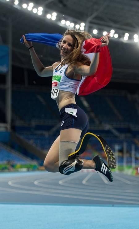 A francesa Marie-Amelie le Fur comemora após vencer a medalha de ouro nos 400m (T44) Foto: Bob Martin for OIS / AP