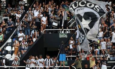 Público do Estadual é motivo de preocupação Foto: Vitor Silva/ SSPress / Botafogo