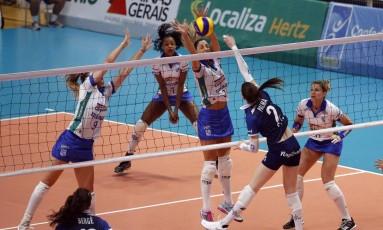 Minas vence equipe da Argentina e vai enfrentar o Sesc-RJ Foto: Orlando Bento/ / MTC