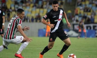 Paulinho em partida contra Fluminense Foto: Paulo Fernandes / Divulgação