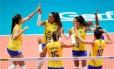 Seleção feminina começou a segunda fase com vitória, na Turquia Foto: Divulgação FIVB