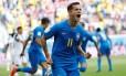 Philippe Coutinho marcou o gol que abriu o placar na vitória sobre a Costa Rica. Foto: MAX ROSSI / REUTERS