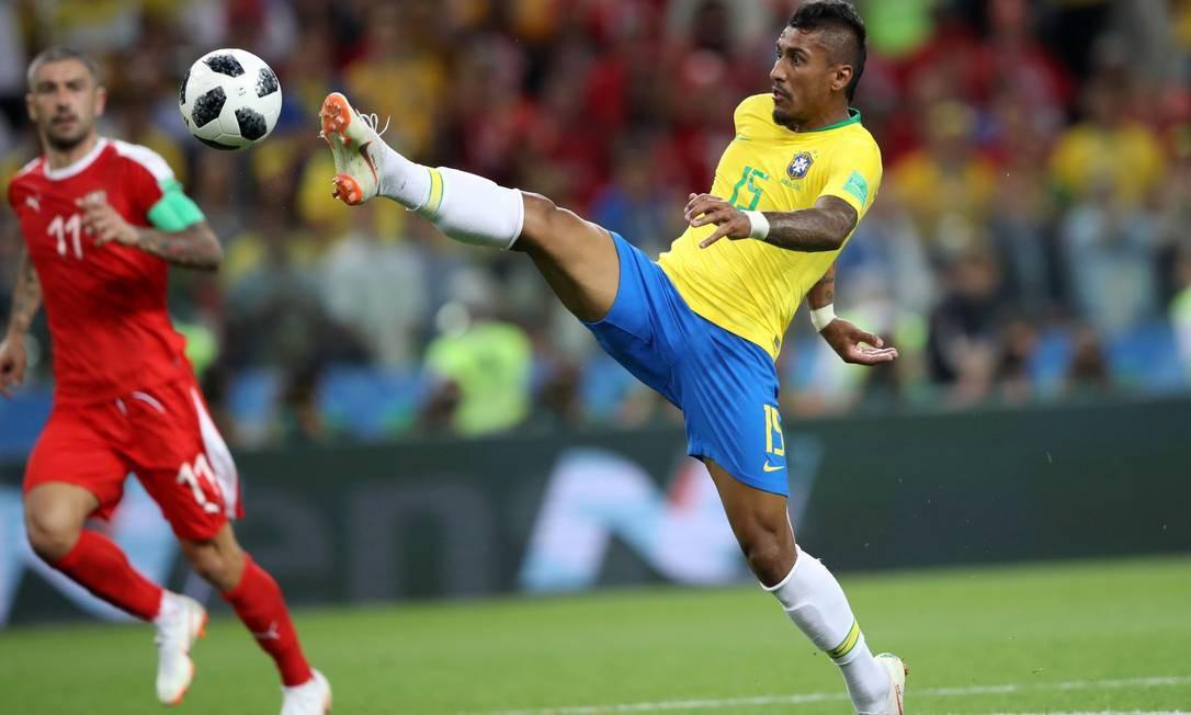Brasil vence a Sérvia e garante 1º lugar do grupo E - Jornal O Globo d3a7c10871c63