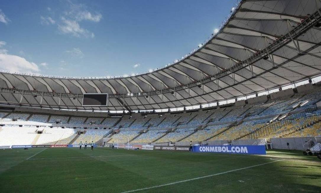 Nos próximos 30 dias ter uma intervenção no Maracanã, por meio da secretaria e da Suderj Foto: O Globo
