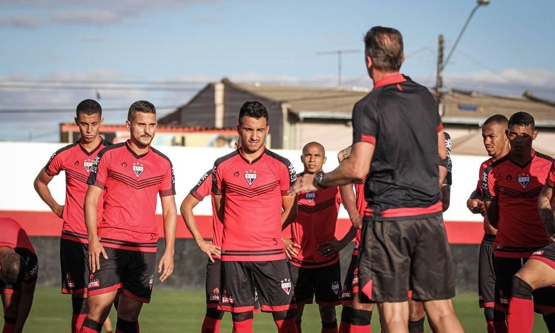 Jogadores do Atlético-GO com Covid-19 tem imunidade, segundo comissão médica do clube Foto: Reprodução