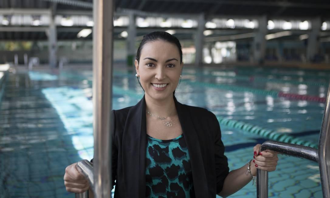 A ex-nadadora Poliana Okimoto diz que falta reconhecimento para as atletas da modalidade Foto: Guilherme Pupo / Agência O Globo