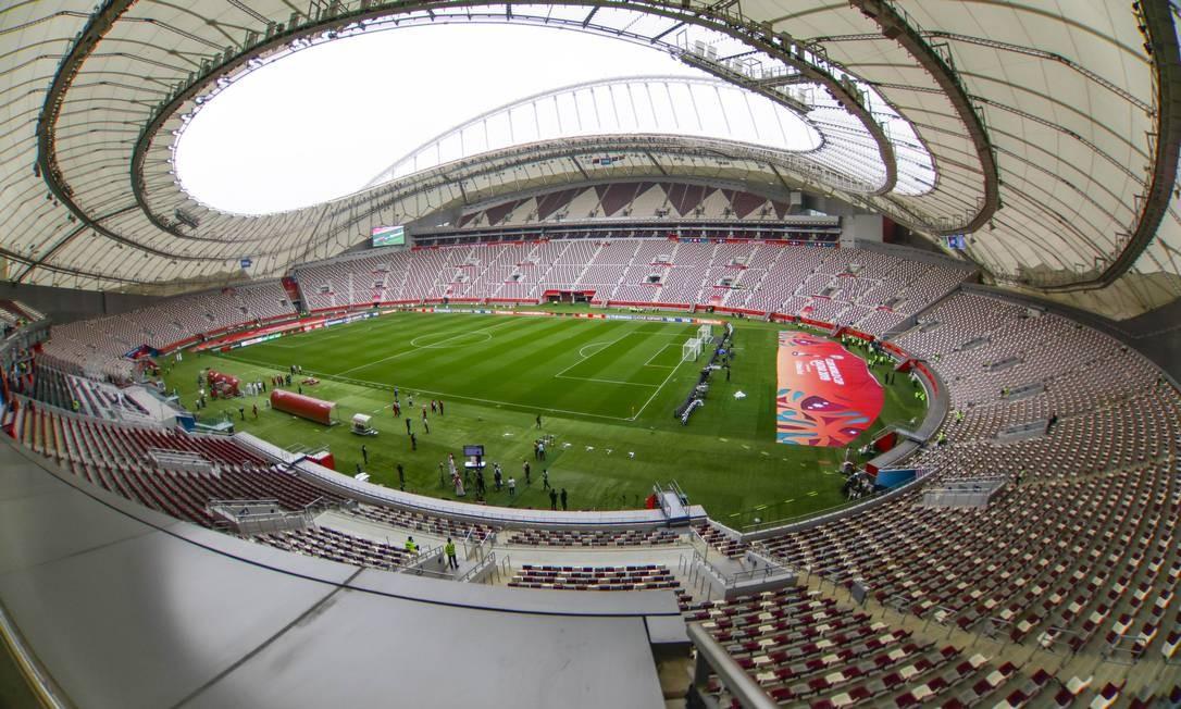 Khalifa International Stadium: um dos locais dos jogos do Mundial de Clubes da FIFA, onde o Palmeiras jogará no dia 7 Foto: Ricardo Moreira/Zimel Press / Agência O Globo