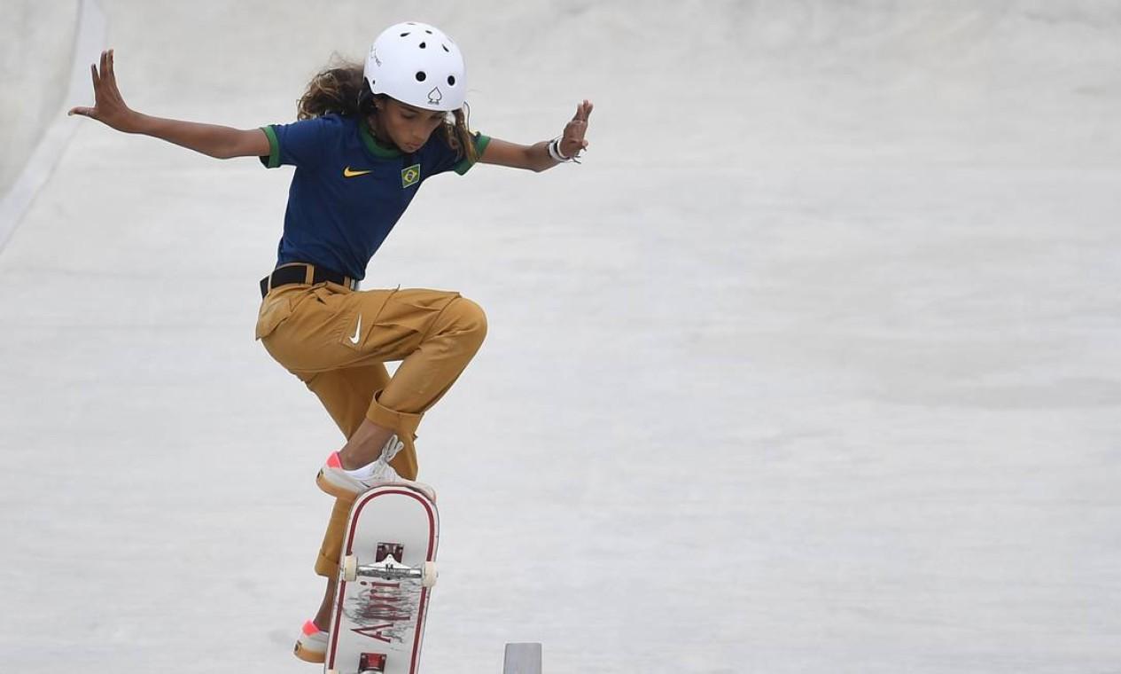 Rayssa Leal, durante a competição de skate street nos Jogos Olímpicos de Tóquio; ela foi prata Foto: TOBY MELVILLE / REUTERS