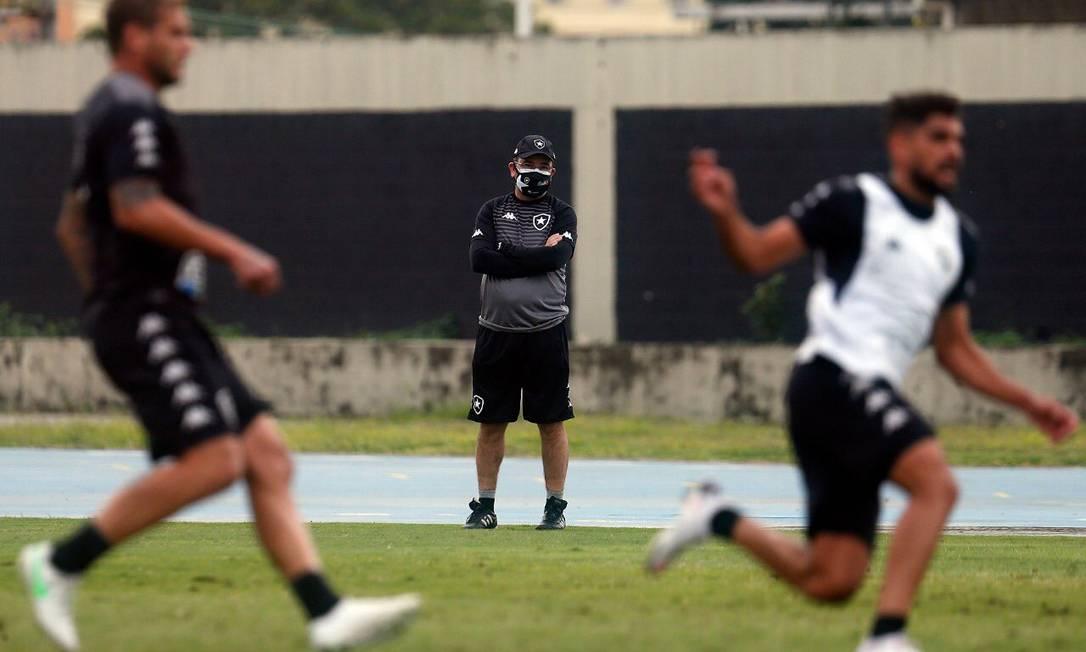 'Ganha-se e perde-se junto': por que a união entre Botafogo e Enderson Moreira é tão importante para os dois? Foto: Divulgação / BFR