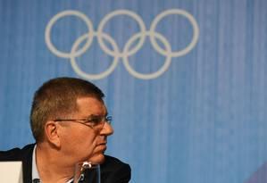 O presidente do Comitê Olímpico Internacional, Thomas Bach, concede entrevista à imprensa, no Rio de Janeiro neste domin go (31/7/2016) Foto: ROBERTO SCHMIDT / AFP