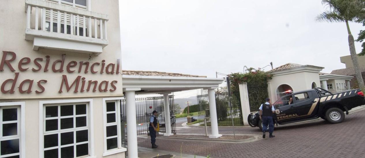 Policia Federal cumpriu mandado de busca e apreensão na mansão do empresario Deivson Oliveira Vidal, em Belo Horizonte. Foto: Jackson Romanelli/Infinito