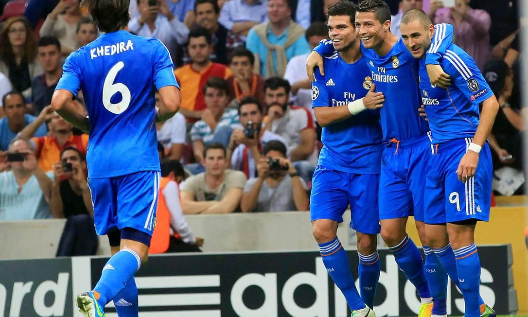 Cristiano Ronaldo foi o destaque na vitória do Real sobre o Galatasaray Foto: MIRA / AFP