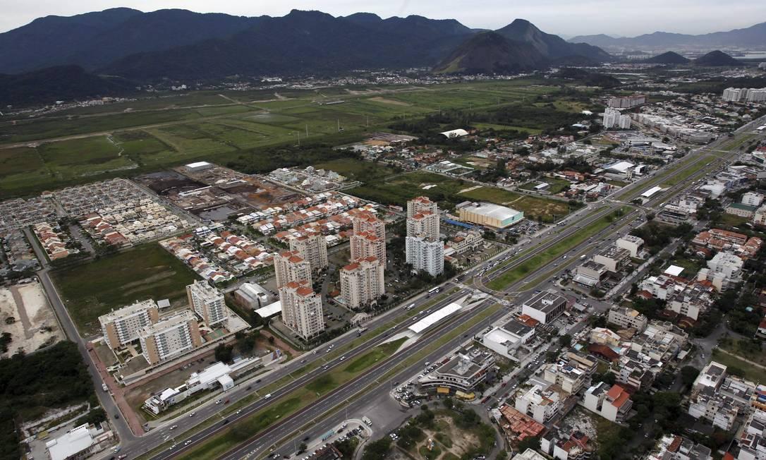 Região da Estrada do Sacarrão e Picuí Foto: Custodio Coimbra / O Globo
