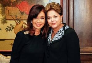 Cristina Kirchner e Dilma Rousseff posam para fotos em um hotel de Nova York um dia antes da abertura da Assembleia Geral da ONU Foto: R.Stuckert / Roberto Stuckert Filho/PR