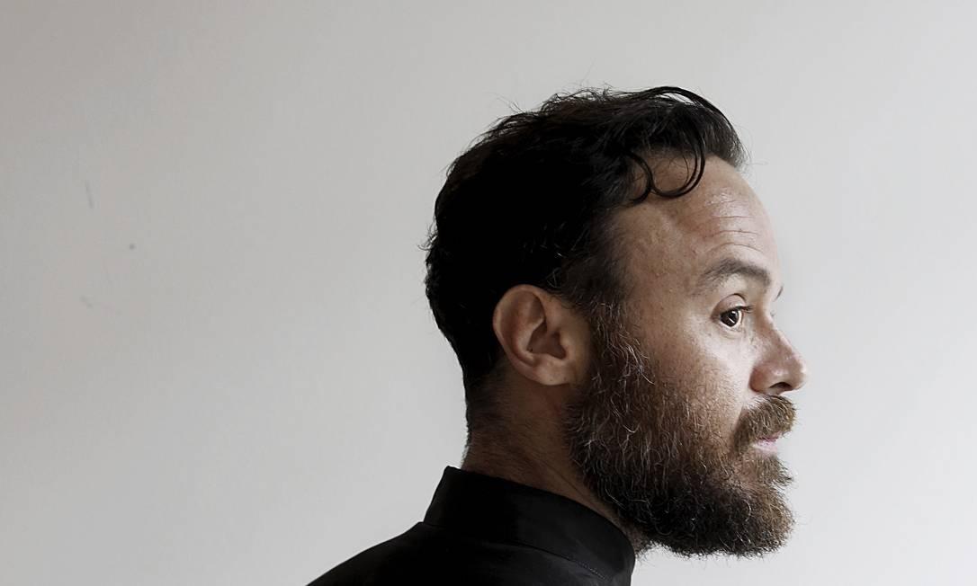 Rodrigo Amarante lança seu primeiro CD solo, 'Cavalo' Foto: Agência O Globo / Camilla Maia