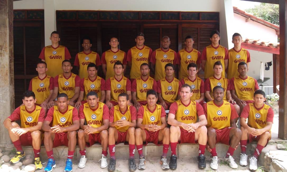 Elenco do Jacuipense: jogadores serão escalados pelos torcedores do clube Foto: Divulgação/Jacuipense