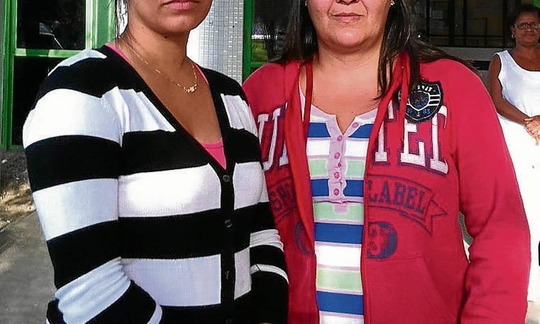 Jéssica e Ana Rita (de casaco vermelho): cuidam de doentes Foto: Agência O Globo