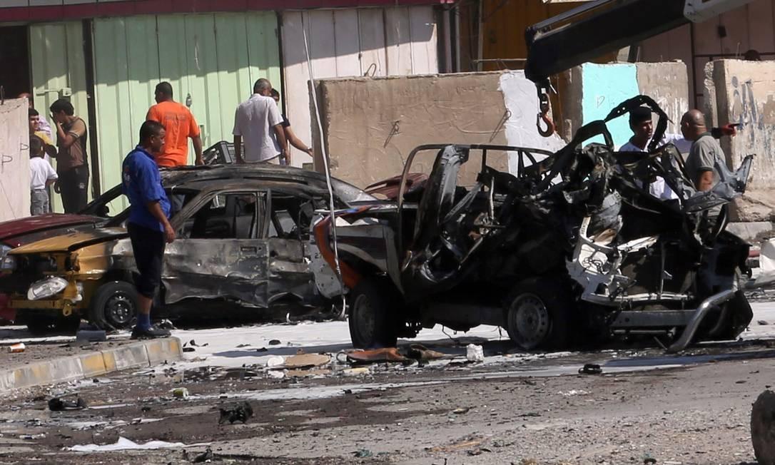 Carro usado para atentado contra reduto xiita em Bagdá Foto: Khalid Mohammed / AP