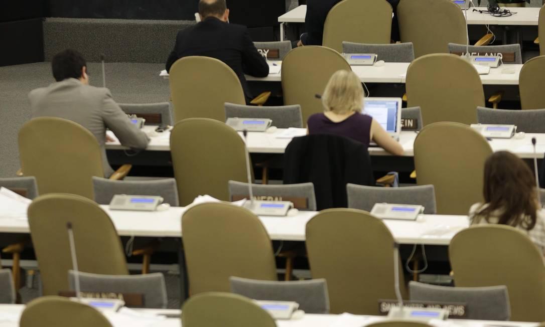 Chanceler sírio Walid al-Moualem discursa em plenário vazio durante a 68ª Assembleia Geral da ONU Foto: Seth Wenig / AP