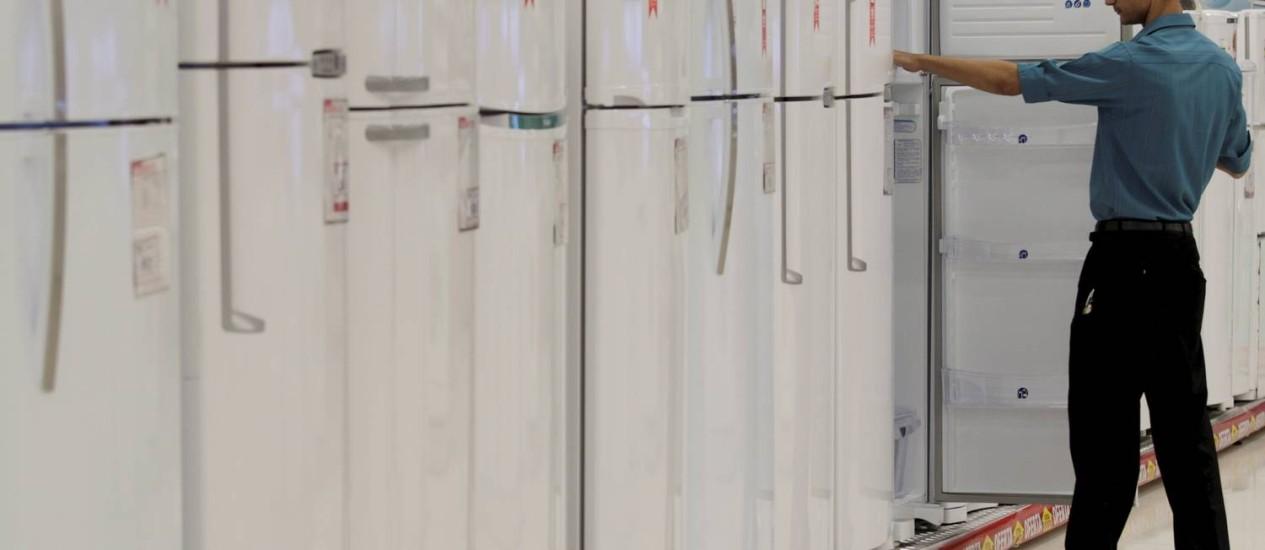 IPI para geladeiras passará de 8,5% para 10%, a partir de amanhã Foto: Marcelo Theobald/Agência O Globo