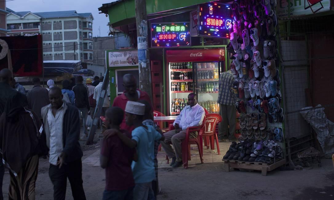 Enclave somali de Eastleigh, no Quênia, serve como capital financeira do al-Shabab: grupo extremista islâmico matou ao menos 67 pessoas em atentado num shopping Foto: Terceiro / Agência O Globo