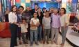 """Programa """"Encontro com Fátima Bernardes"""" reúne família da mulher de Amarildo"""