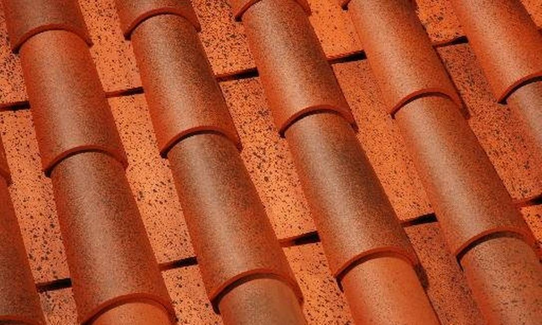 Certificação é obrigatória para telhas cerâmicas e de concreto Foto: DIVULGAÇÃO