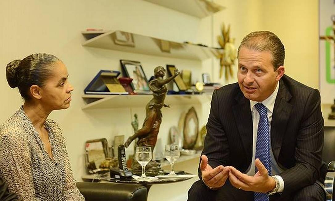 Governador postou foto no facebook de encontro que teve com a ex-senadora em maio Foto: Facebook / /Reprodução