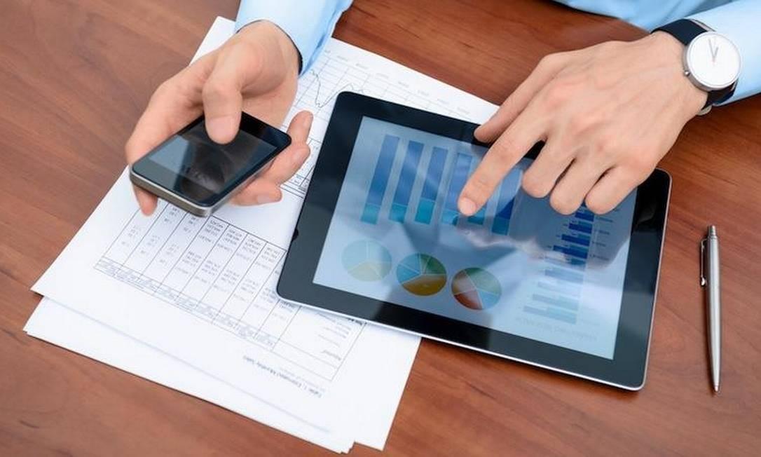 Cada vez mais smartphones e tablets estão presentes em ambientes de trabalho lidando com dados corporativos Foto: Reprodução