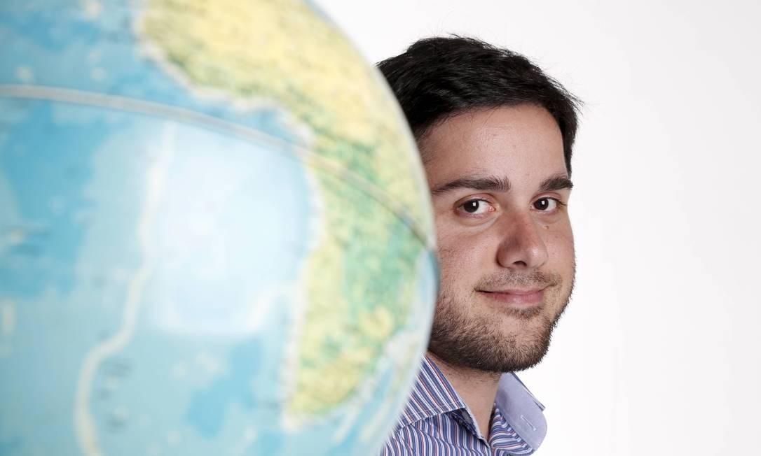 João Araujo, profissional de relações internacionais que trabalha na L'Oréal Foto: Camilla Maia / Camilla Maia