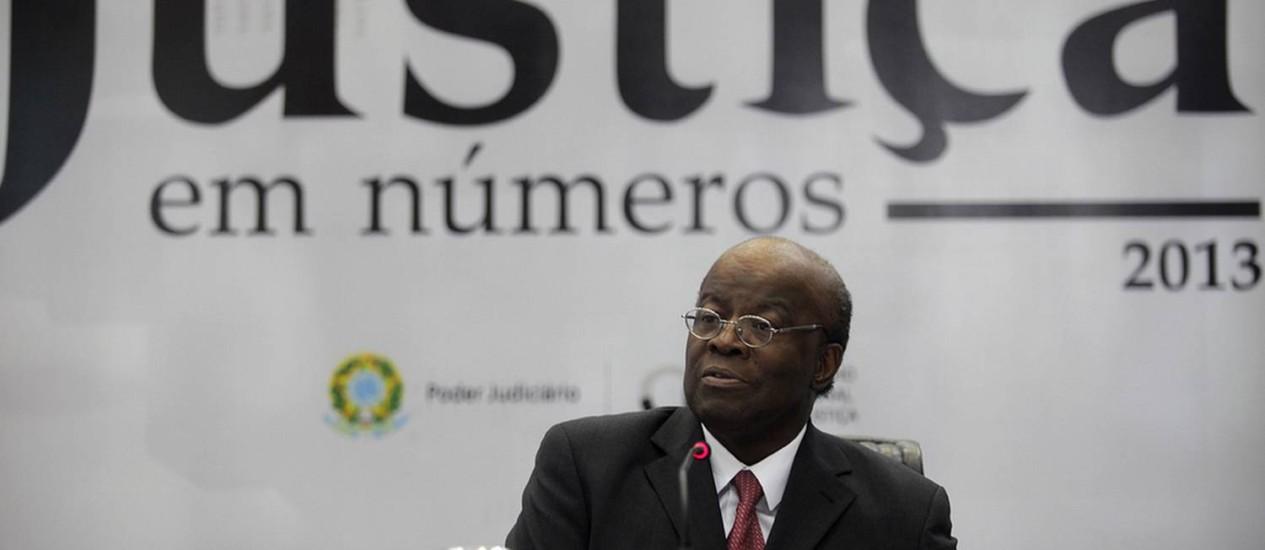 """Presidente do CNJ, Joaquim Barbosa, no lançamento do estudo """"Justiça em Números"""" Foto: Divulgação / CNJ"""