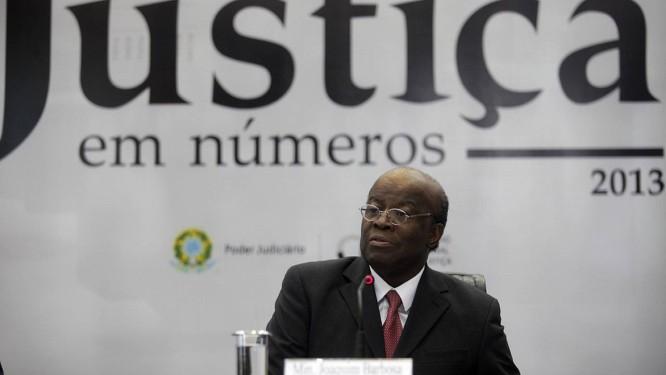 Presidente do CNJ, Joaquim Barbosa, no lançamento do estudo