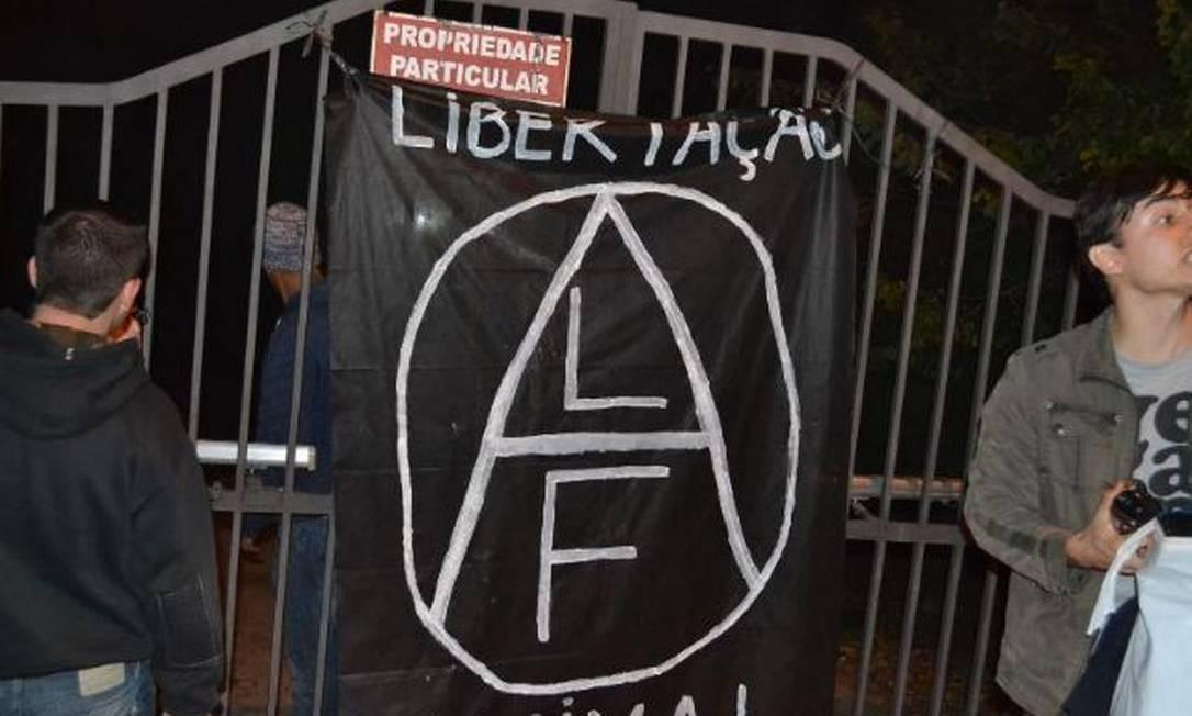 Segundo a polícia, os ativistas vão responder por furto Alessandro Costa/ São Roque Notícias