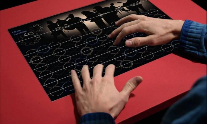 Inovação. O Blues Machine é uma interface para a prática do blues: mistura de tela multitoque com cordas reais Foto: Divulgação / Agência O Globo