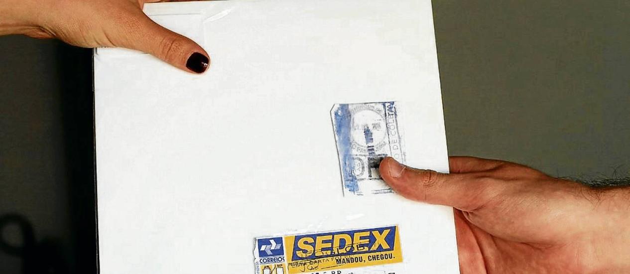Atraso. A entrega do Sedex fora do prazo contratado foi considerado um detalhe pelos Correios em seu posicionamento Foto: Pablo Jacob