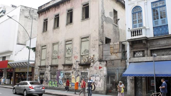 Antigo prédio da UNE, na Rua do Catete, foi construído em 1822 Foto: Gustavo Stephan / Agência O Globo