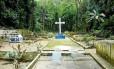 O Cemitério de Piabas: uma alameda com 134 túmulos