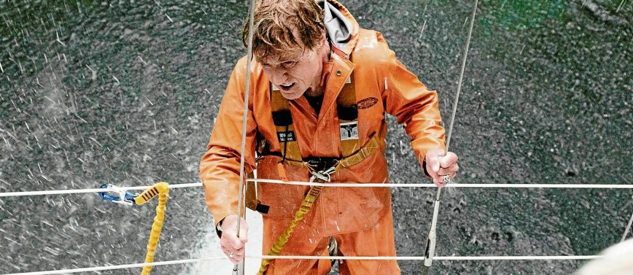"""Ator vive um navegador às voltas com um dilúvio: """"Nado há muito tempo, então quis estar no mar sem dublê"""", diz Foto: Divulgação"""