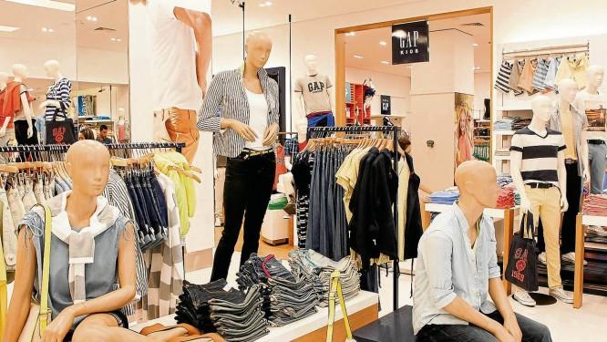 7d8fa8c4b5b03 Nova loja da GAP, no JK Iguatemi  para o especialista João Carlos Lazzarini,