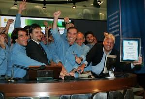 Início da ascensão da OGX: em 2008, as ações da petrolífera começaram a ser negociadas na Bolsa de Valores de São Paulo, por o equivalente a R$ 12,25 Foto: Luiz Carlos Murauskas / Folha Imagem