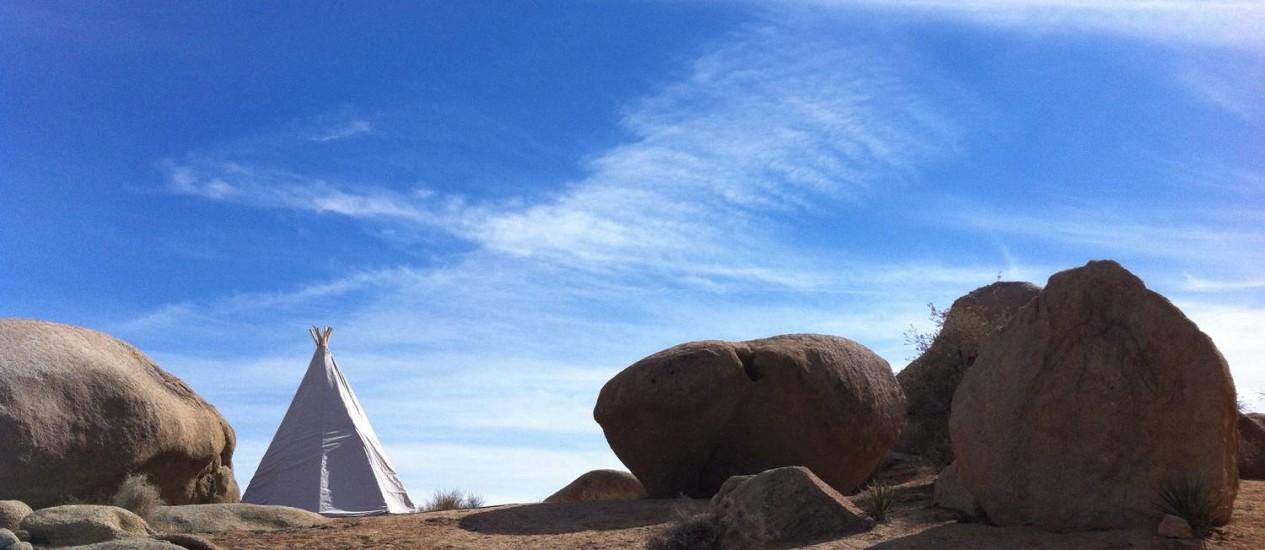 Paisagem do festival A Day in the Desert Foto: Bruno Natal
