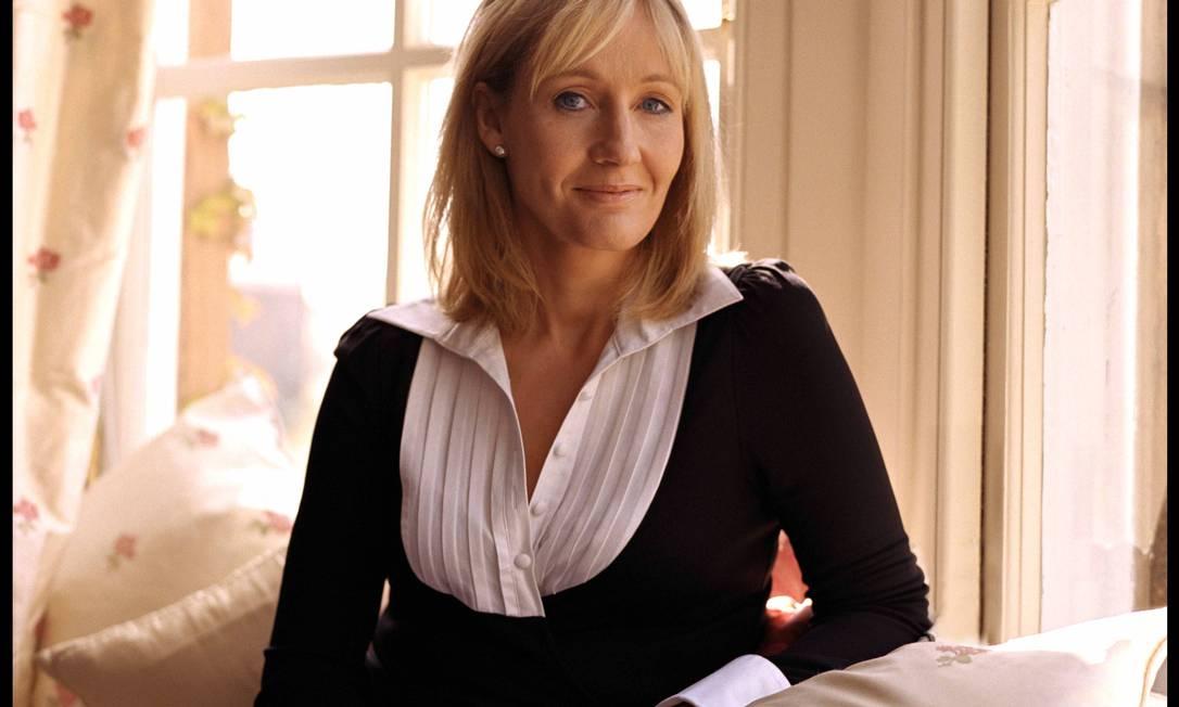 A escritora J.K Rowling, que lança série policial sob pseudônimo de Robert Galbraith Foto: J. P. Masclet / AP