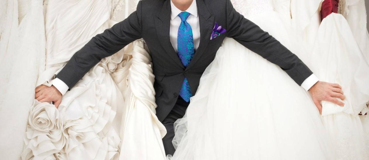 O estilista Randy Fenoli e seus vestidos dos sonhos Foto: (Divulgação)