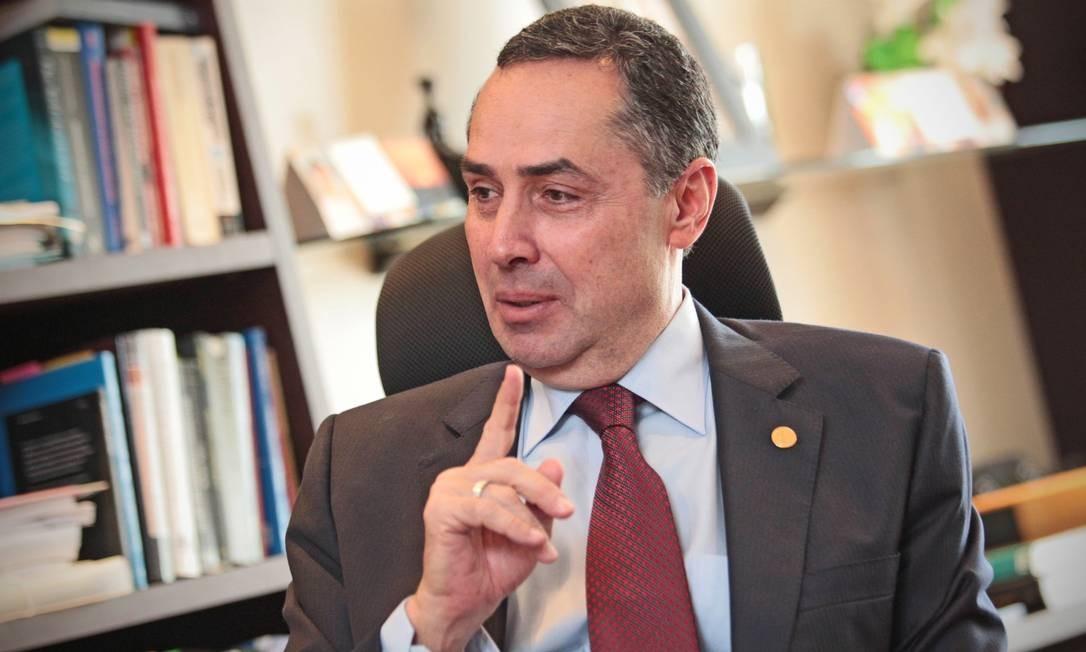 Ministro Luís Roberto Barroso dá entrevista ao GLOBO Foto: André Coelho / O Globo