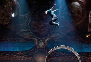 A 'Roda da morte' em que o acrobata fazia performance quando sofreu o acidente Foto: Divulgação