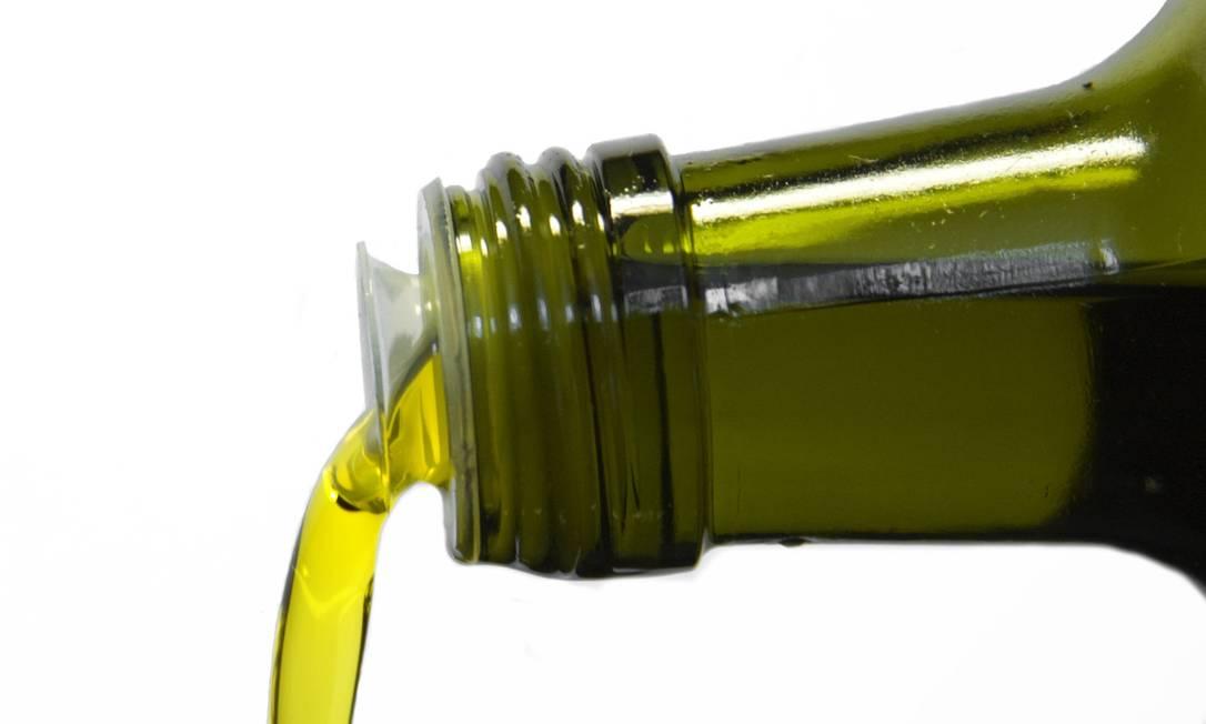 Resultado de imagem para Brasil vende azeite ruim como sendo de boa qualidade