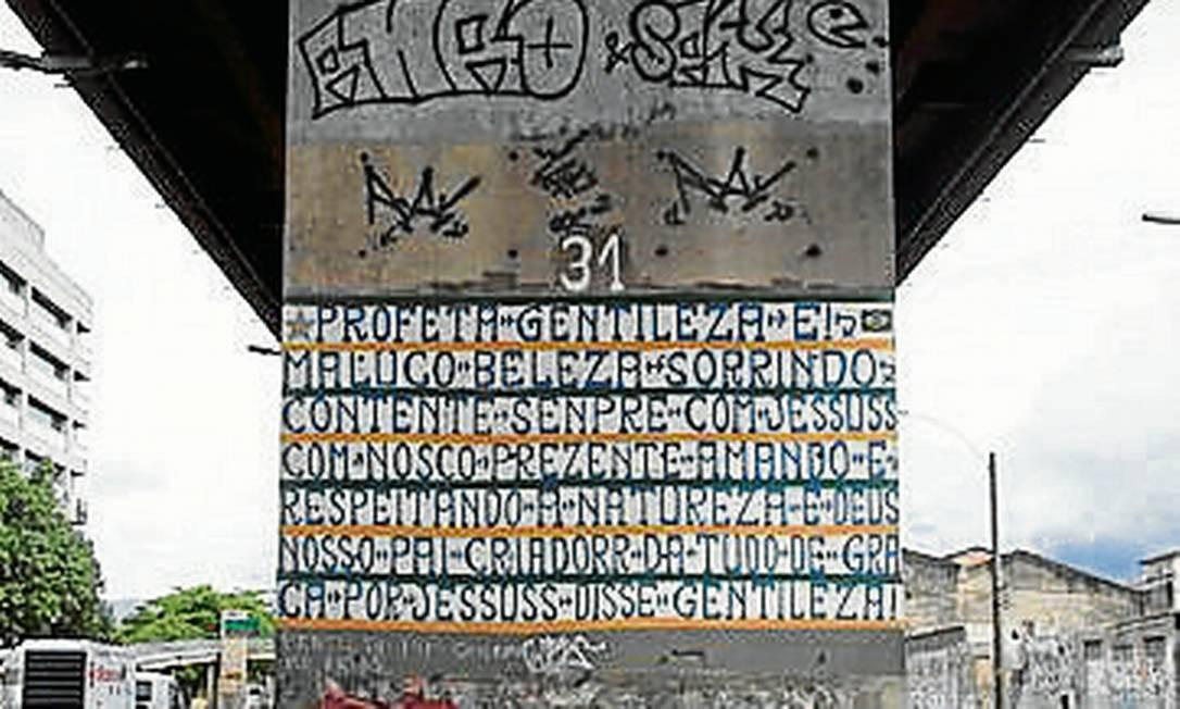Um dos painéis de Profeta Gentiliza poupados Foto: Agência O Globo / Simone Marinho