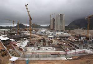 Obras da Vila Olímpica no Rio Foto: Custodio Coimbra / O Globo