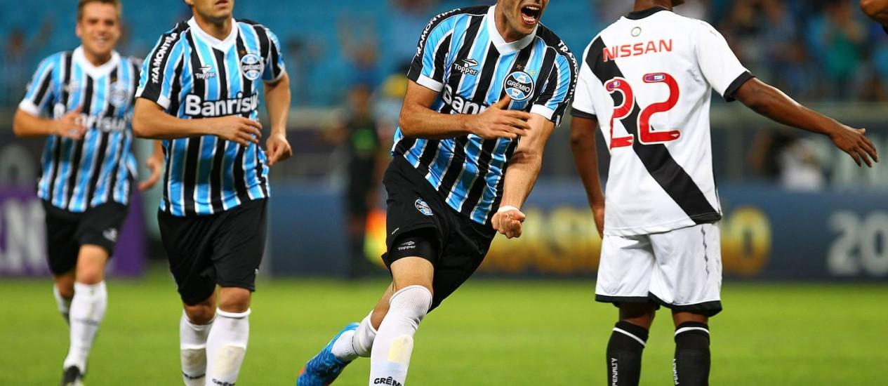 Rhodolfo comemora o gol que abriu o placara para o Grêmio contra o Vasco Foto: Divulgação / Grêmio
